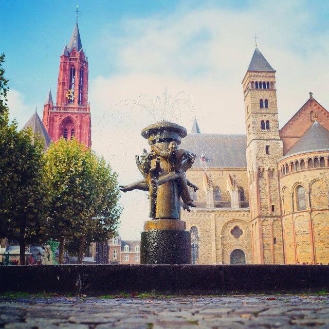Hawt uuch vas – Vrijthof Maastricht [photo]