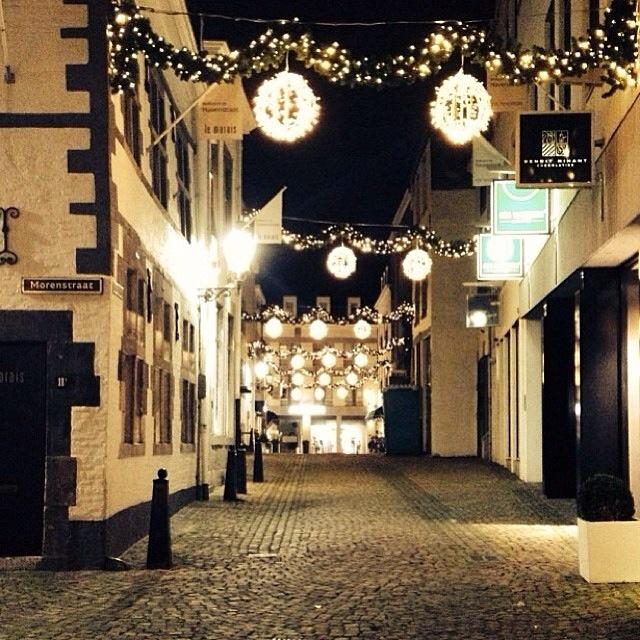 Havenstraat Maastricht at Christmas